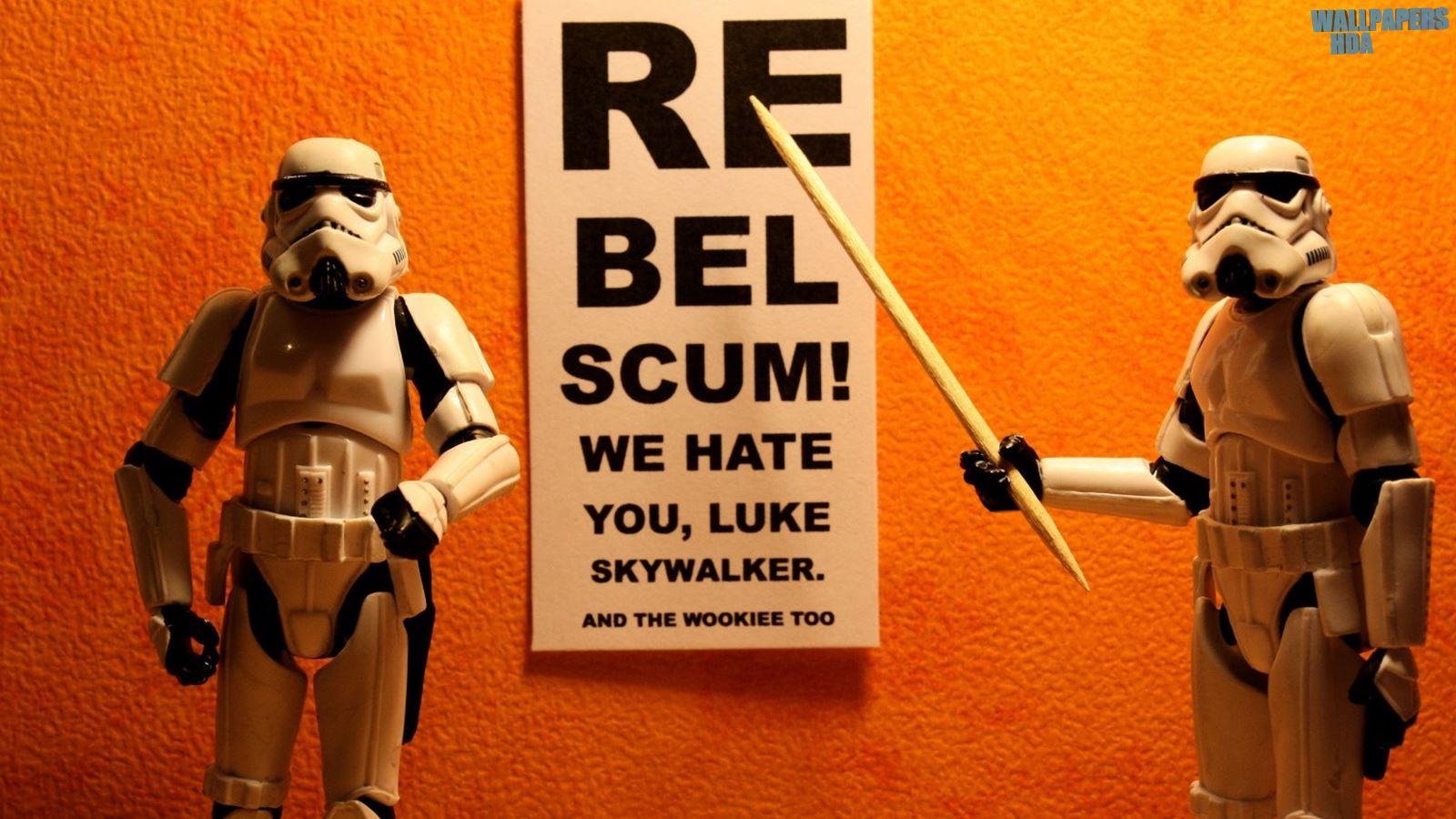 Star wars toys wallpaper 1600x900